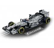 Carrera DIGITAL 132 30729 Infiniti Red Bull Racing 'Camo Bull Test Car 2015'