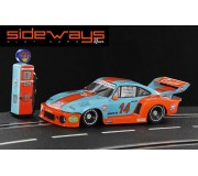 "Sideways SWHC04 Porsche 935/77A Gulf Racing + Pompe ""Historical Colors"" Special Edition"