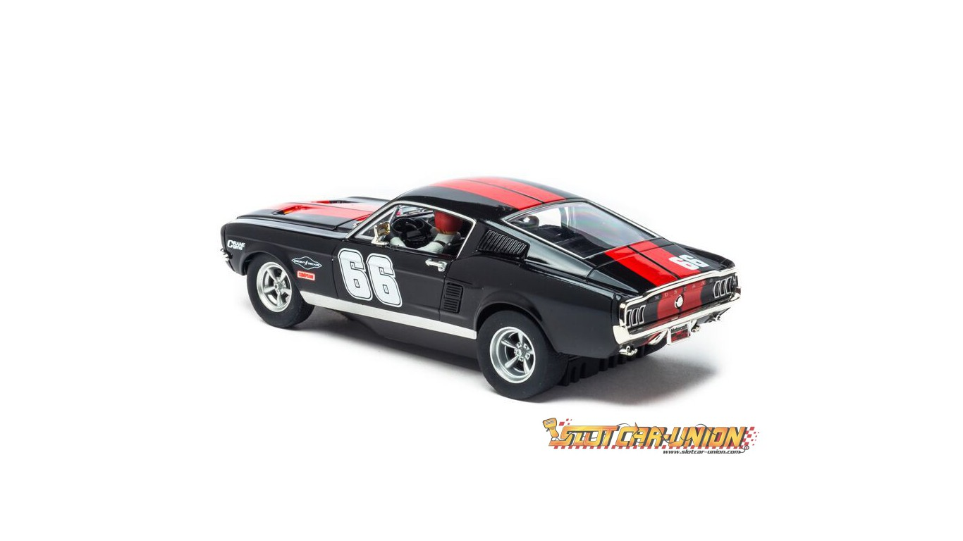 carrera evolution 27553 ford mustang gt slot car. Black Bedroom Furniture Sets. Home Design Ideas