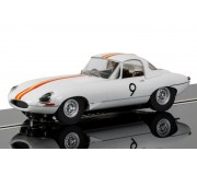 Scalextric C3890 Jaguar E Type 1965 Bathurst Bob Jane