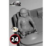 LE MANS miniatures Figurine Pilote assis des années 1960-1970