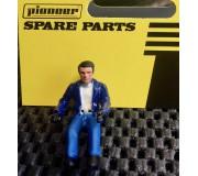Pioneer FD201334 Figurine Pilote Peinte, Tenue Décontractée, Veste Bleue, Chemise Blanche
