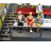 Slot Track Scenics Fig. 14 Seated spectators Pack A