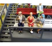 Slot Track Scenics Fig. 14 Seated spectators Pack A