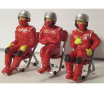 Slot Track Scenics Fig. 8 Seated Pit crew + 3 chairs Pack A