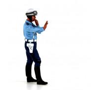 LE MANS miniatures Figure 1/18 Paul, policier motocycliste