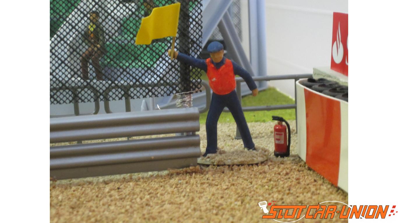 4 Extincteurs d/'incendie x5 Slot Track Scenics Acc