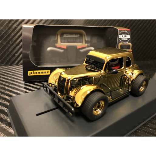 Pioneer P117-DS Legends Racer '34 Ford Coupe, Gold Chrome