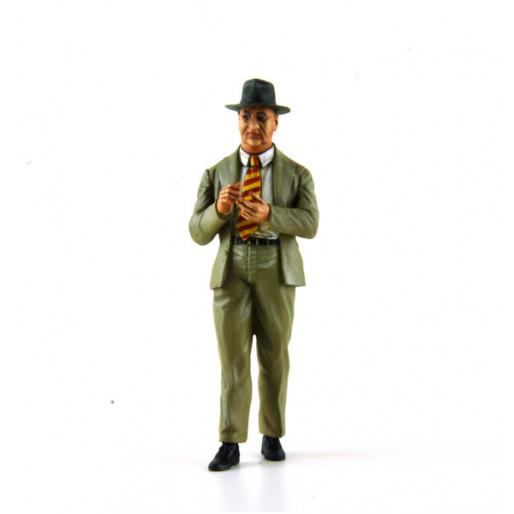 LE MANS miniatures Figure 1/18 Enzo Ferrari
