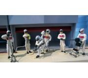 Slot Track Scenics SRA 06 Equipe de Stand carburant et crics