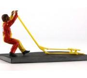 LE MANS miniatures Figurine Damien, lève-vite