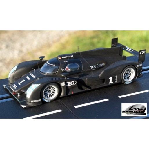 LE MANS miniatures Audi R18 Présentation 2011